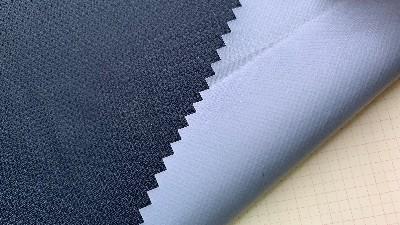 户外冲锋衣定做的涤纶面料和锦纶面料哪个好?