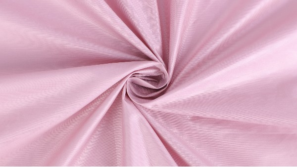 羽绒服面料迎来了大改革,400T锦涤纺成为新型高端羽绒服面料